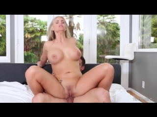 spying on hot naked mom porn